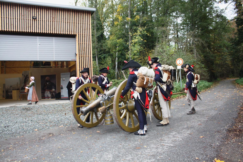 Historische Artilleriesoldaten