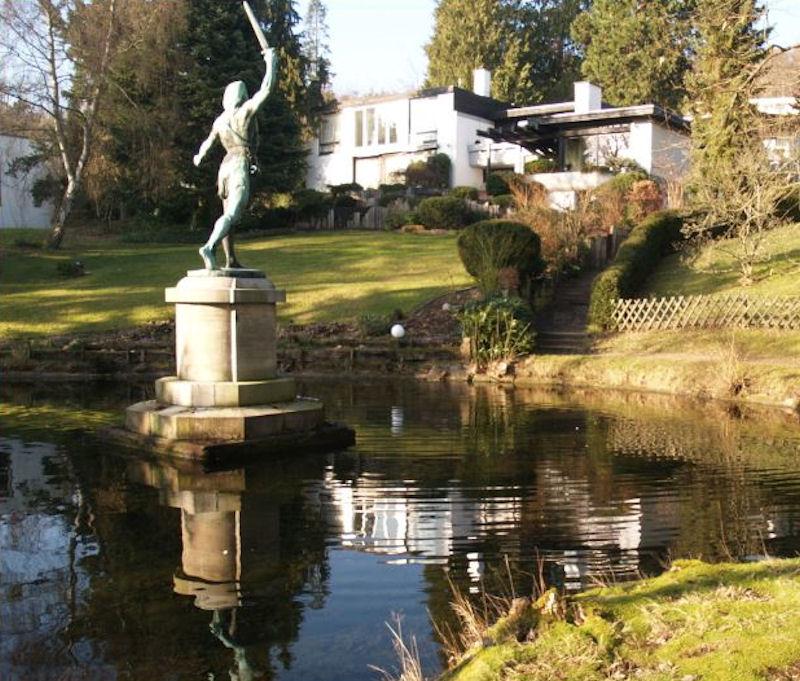 Siegfried Statue